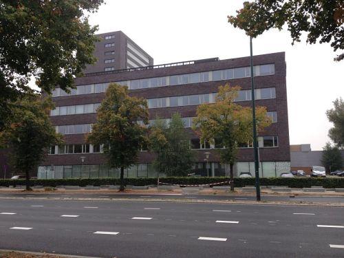 Kantoor en laboratoriumruimte GGD West Brabant te Breda